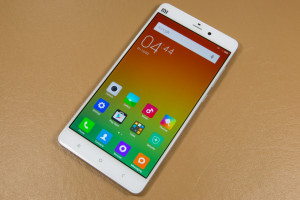 Mi Note Phablet milik Xiaomi Menang Jauh Lebih Unggul hanya dengan Setengah Harga