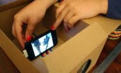 Dengan uang kurang dari Rp 50 Ribu, Smartphone Anda Dapat Menjadi Proyektor Bioskop