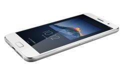 Smartphone Mini Terbaik: Layar 4 Inci, Nilai AnTuTu 135000 & Banyak Lagi